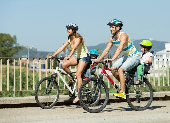Tag dine børn med på cykeltur som en sund familieaktivitet